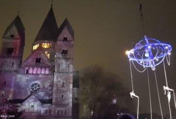 Saint Nicolas à Metz : le spectacle aérien «Galiléo» a fait son effet sur la place de la comédie (vidéo)