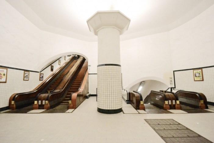 Интересные места Антверпена: туннель Святой Анны
