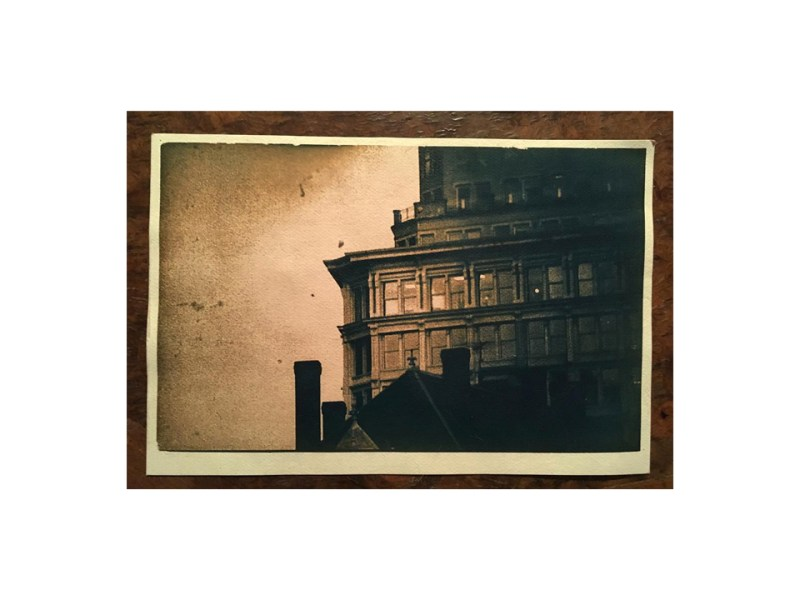 photographie cyanotypefaçade immeuble by Anna Yurienen Gallego