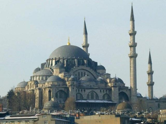 Les 10 Monuments à Visiter à Istanbul, la Mosquée De Soliman Le Magnifique.
