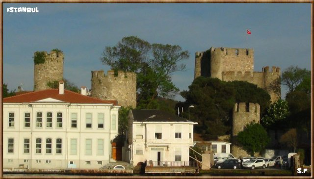 Le Château fort de Anadolu Hisarı, Le Bosphore Istanbul