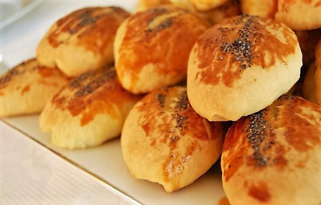 street-food-vendeur-pagaca-istanbu