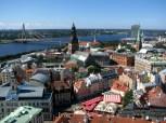 Du haut de l'église Saint Pierre : la vieille ville qui borde la Daugava
