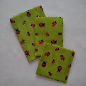 Bee wraps - Coccinelles/Fond vert