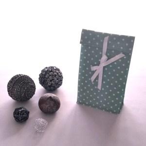 Emballages - Pochettes Cadeaux - Etoiles Blanches - Vert d'Eau