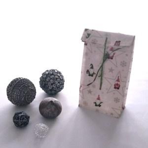 Emballages - Pochette cadeau - Lutins - Ecru Rouge Verts