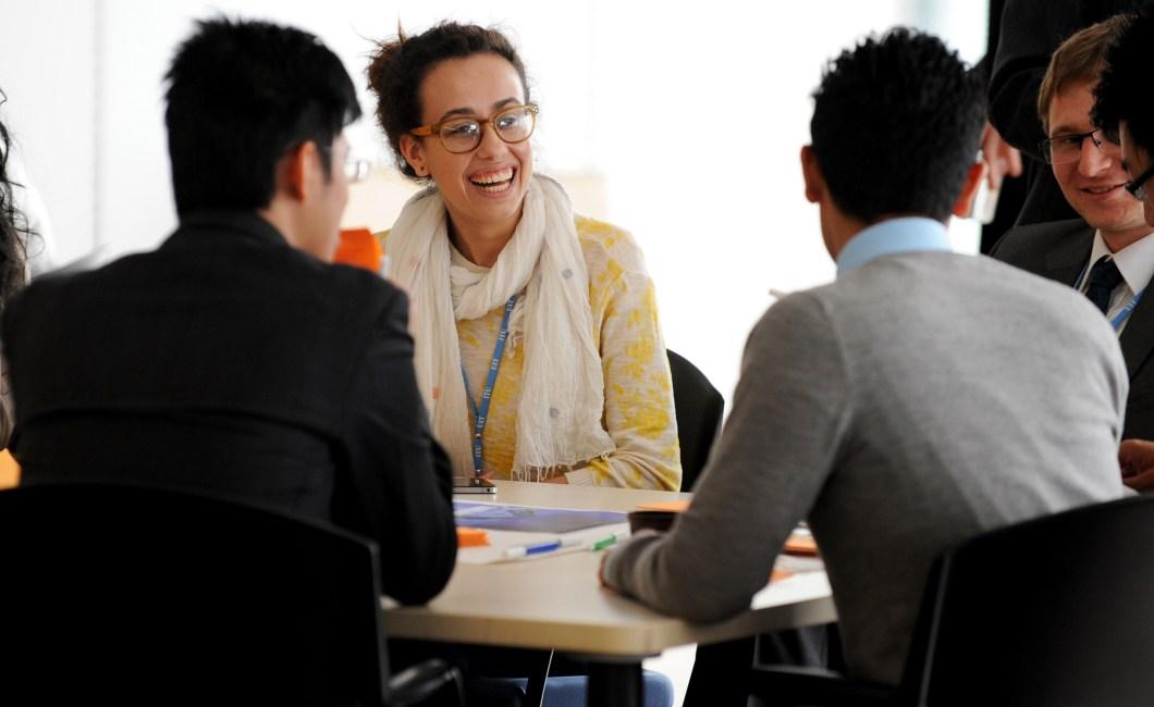 Fokusgrupper og individuelle interviews - hvornår skal du vælge hvad?