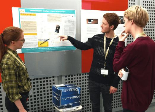 Case: mobilapp til specialestuderende. Konferenceposter-præsentation af studerende, som var tilknyttet projektet.