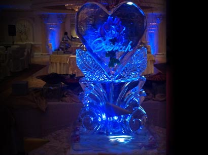 accent-ice-sculpture-lighting