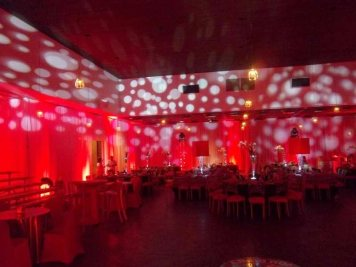 white-bubble-lighting-on-red-walls