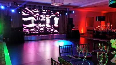 Black-dance-floor-rental