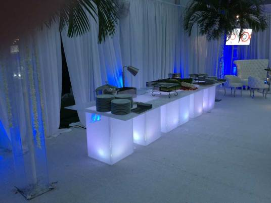 Illuminated_Buffet-Tables-Rentals-for-event