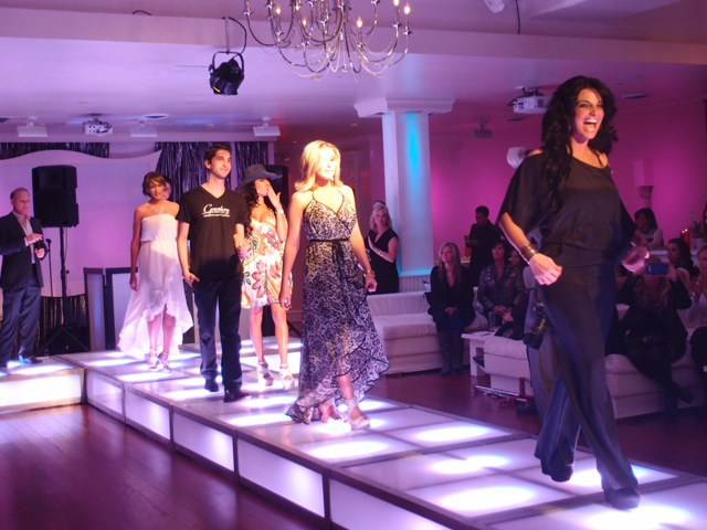 LED-stage-deck-runway-with-models-walking