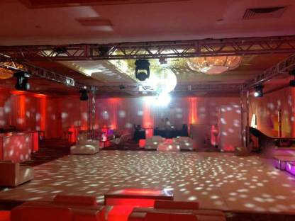 Party-Room-Preparation