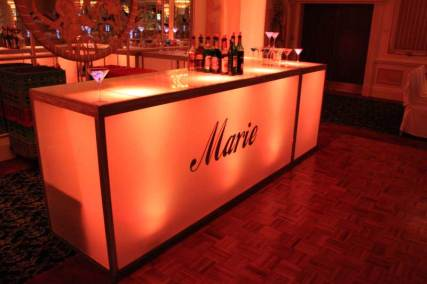 Personalized-Illuminated-modular-bar