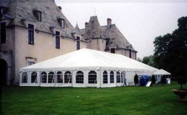 Wedding-Tent-with-arch-windows
