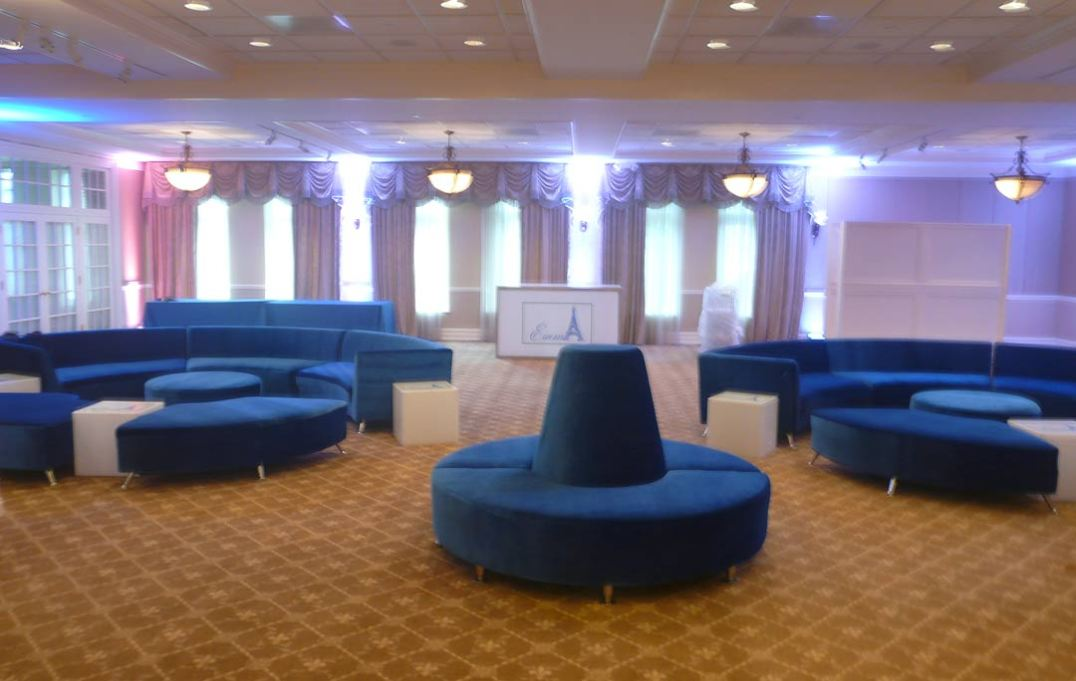 Sapphire-lounge-furniture-with-curved-couches-and-curved-seats