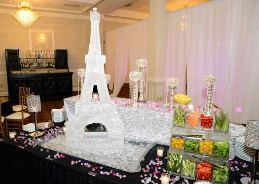 Eifel-Tower-Ice-Sculpture