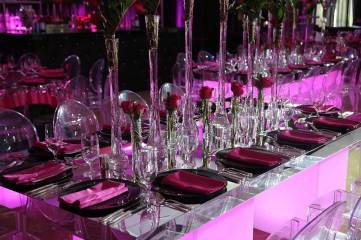 Mirrored-tables-centerpieces-acrylic-chairs