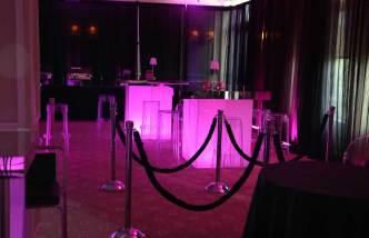 Pink-Mirrored-cocktail-tables-lounge-decor