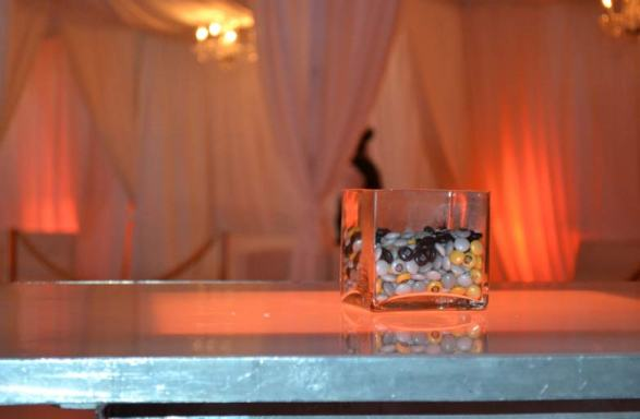 white-and-gold-mitzvah-with-illuminated-tables-and-personalized-M&M-centerpiece