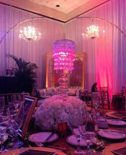 Gatsby-Event-Production-with-Hanging-Chandeliers-and-Chandelier-Centerpiece