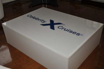 Celebrity-Cruise-Corporate-Event-with-LED-table-and-logo