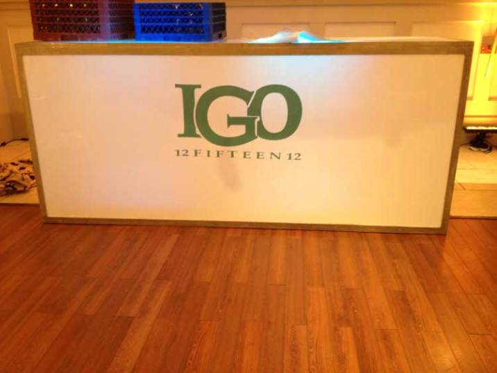 GO-Corporate-Event-Illuminated-Bar-with-Sticker