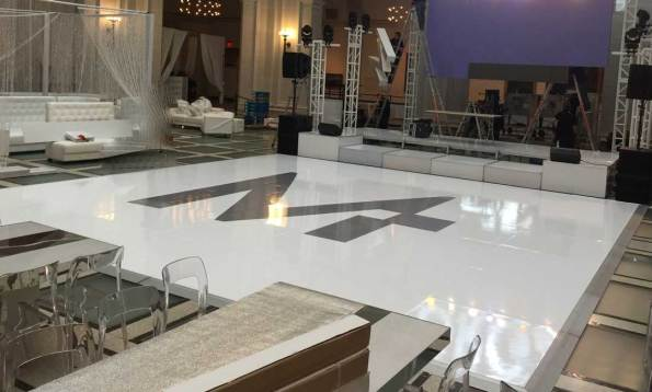 White-Seamless-Wrap-Dance-Floor
