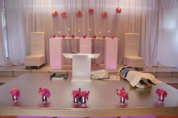 Bar-Bat-Mitzvah-dais-white-lounge-decor-hi-boys-and-stainless-table-for-podium2