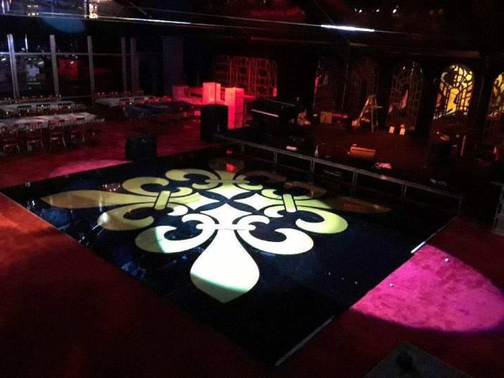 Porable-dance-floor-with-fleur-de-lis-sticker