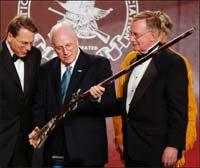 Cheney_gun