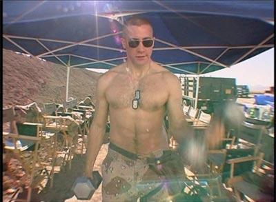 Jake_gyllenhaal_shirtless_4