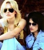 Kristen-stewart-dakota-fanning-the-runaways-promo-pictures