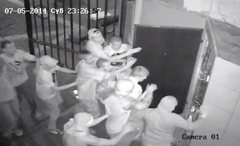 Pomada Club attack