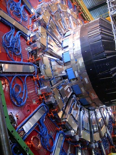 CERN_CMS_endcap_2005_October