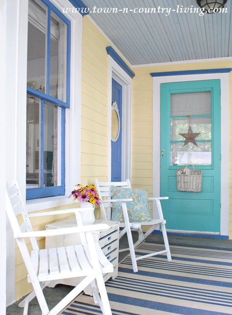 Decorating With Bold Colors Town Amp Country Living