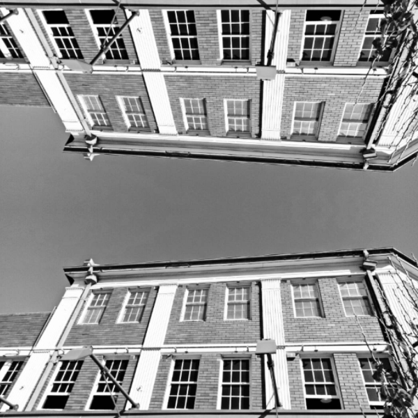 Abstract picture of the Town Hall Hotel Newtown
