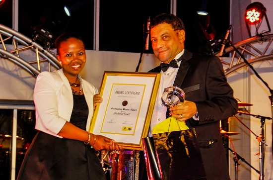 just-curious-l-r-zimkhita-buwa-outstanding-woman-awards-winner-with-mark-harris-group-ceo-kagiso-media