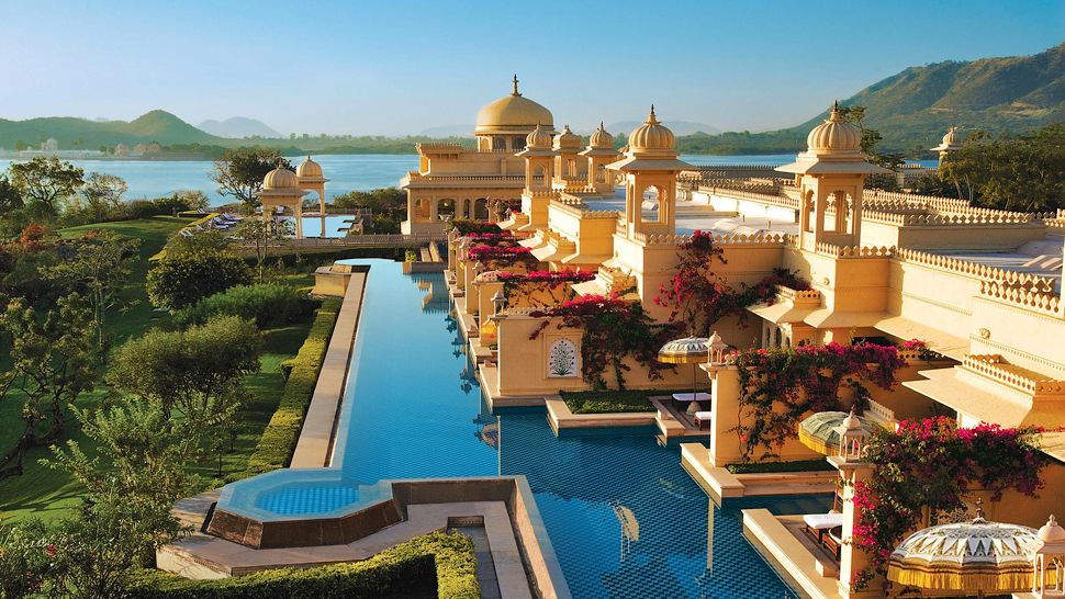002911-13-The_Oberoi_Udaivilas-exterior-lake-mountain-view