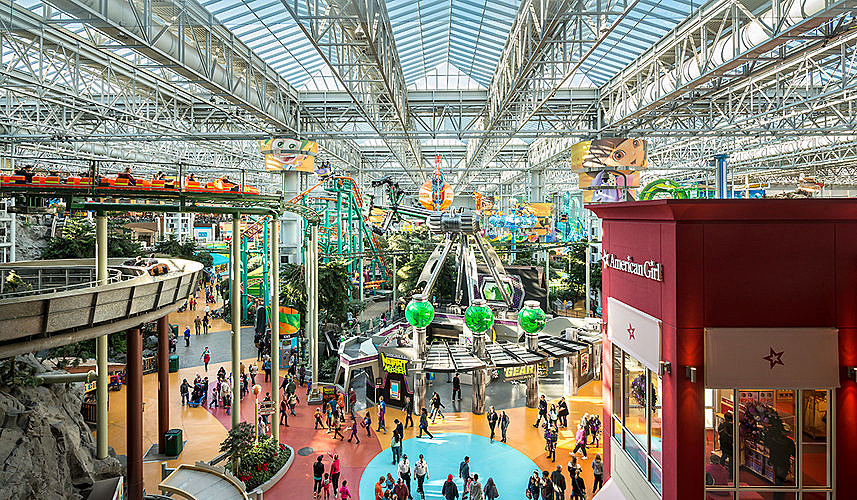 Mall Of America Celebrating Birthday With Nineties Party