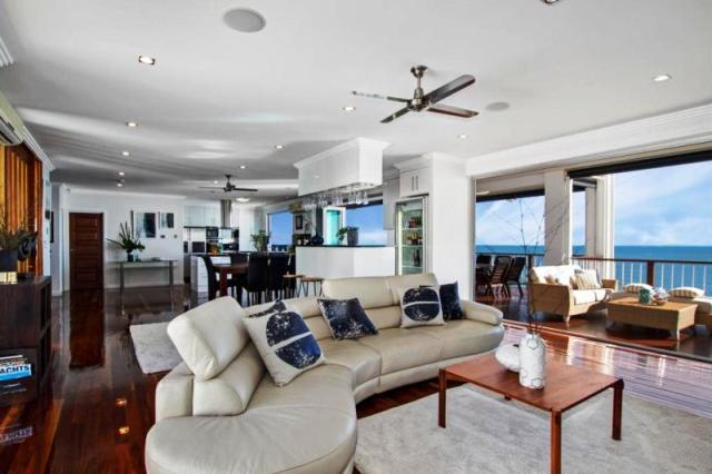 Toomulla - Open plan living with Coral Sea views of 31 Saltwater Drive - Top Price Winner