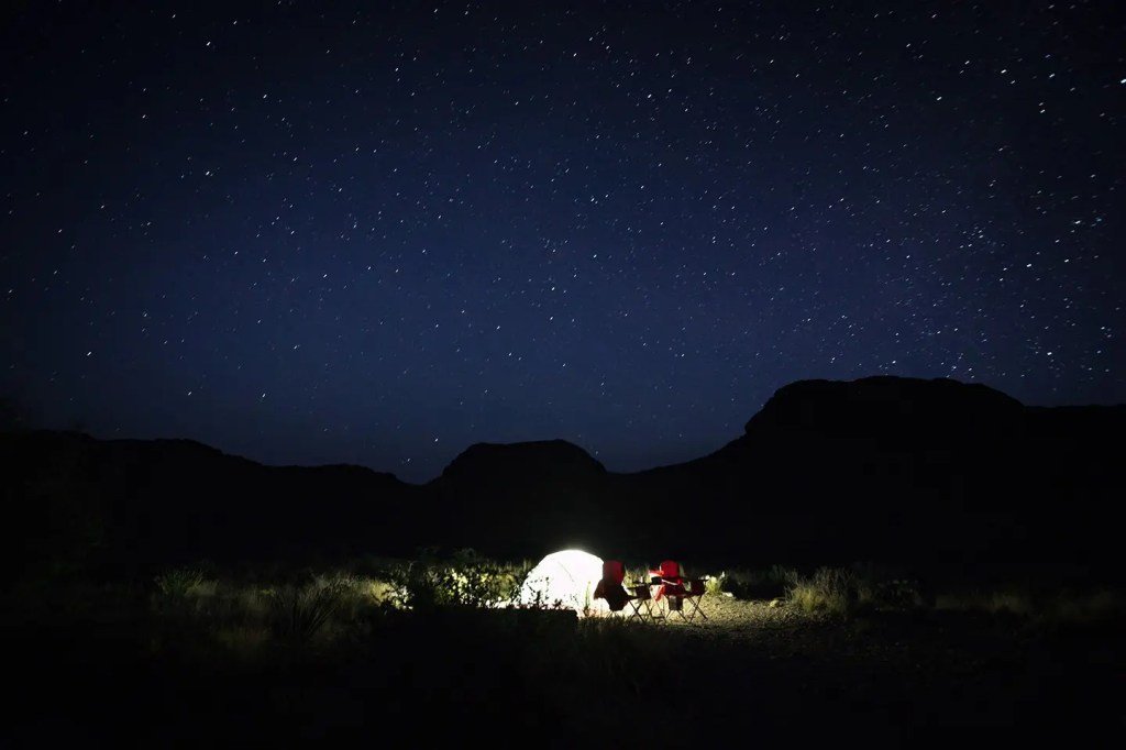 Starry-night-camping