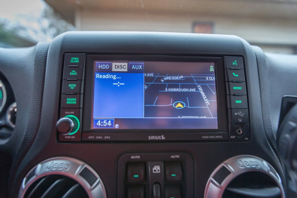 Jeep-NAV-Update-3