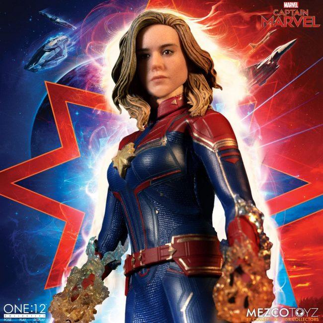 Mezco-One12-Captain-Marvel-010-650x650.jpg