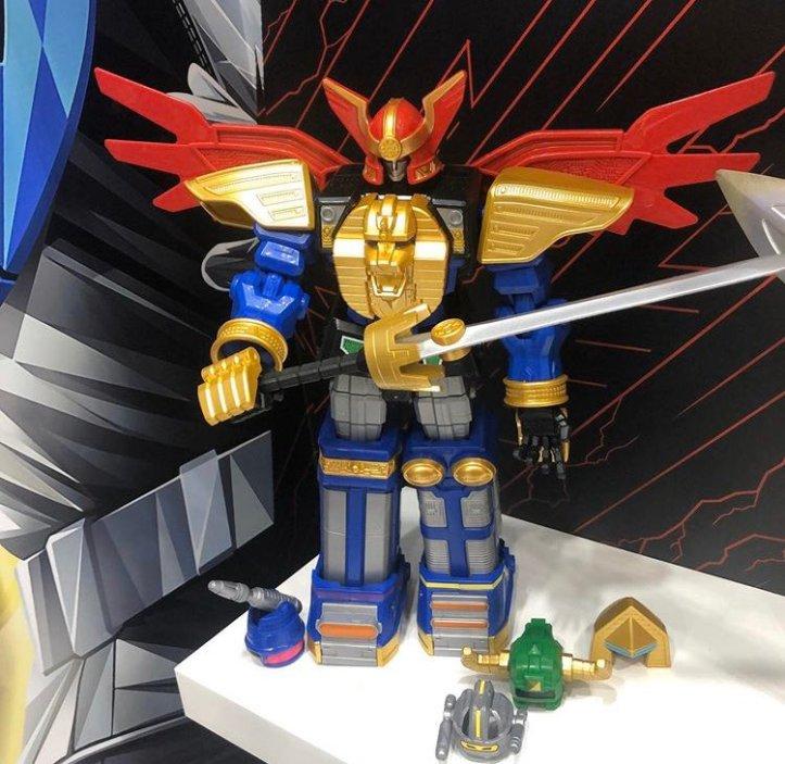 Hasbro-Zeo-Megazord
