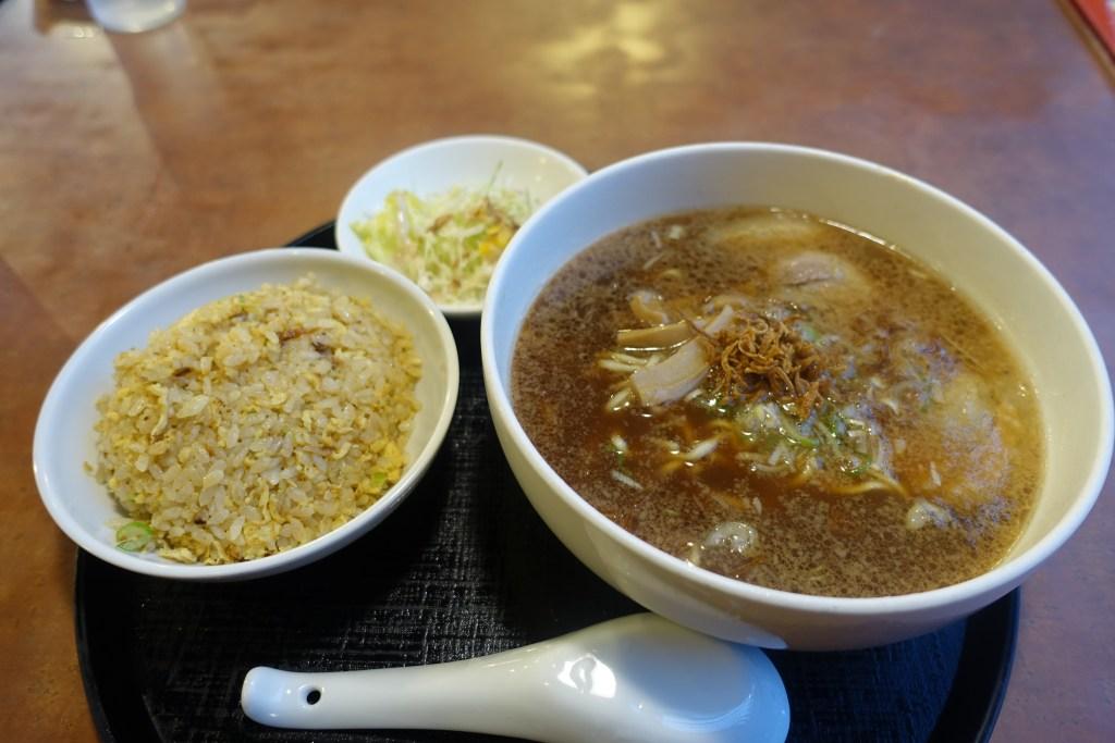 麺飯屋 醤の醤油拉麺(チャーハンセット)