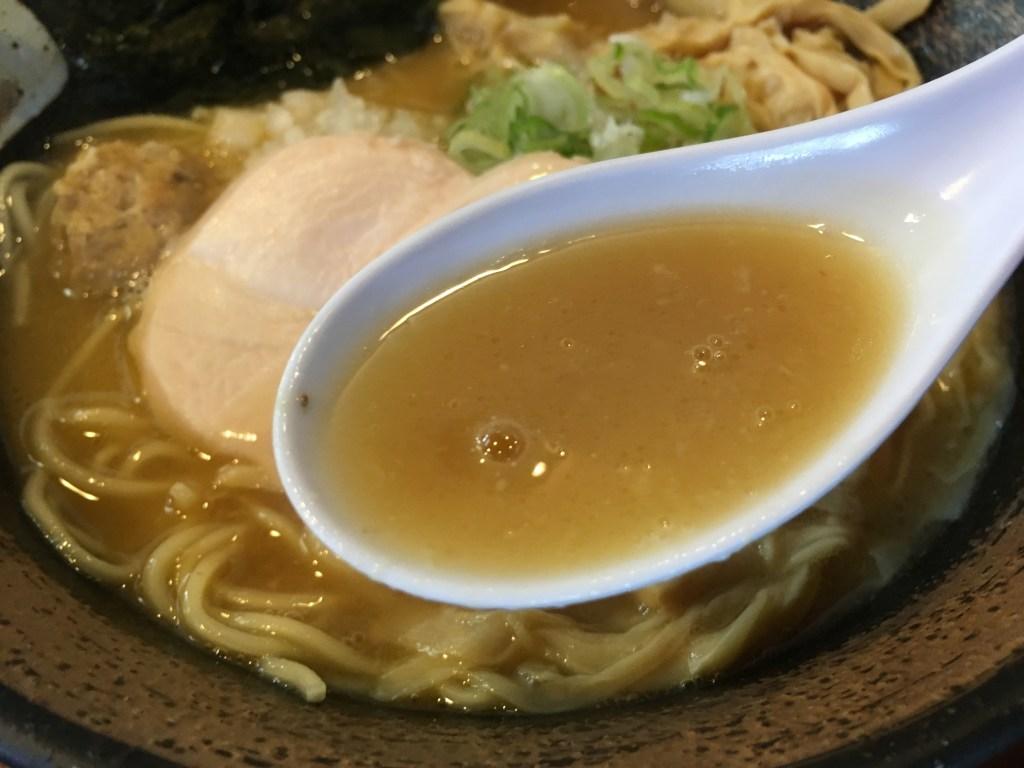 スープ(濃厚鶏そば(醤油))