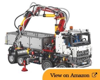Lego Technic Mercedes-Benz Arocs 3245 review