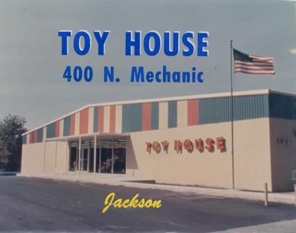Toy House, Jackson, Michigan, toy store, Mechanic Street, September 1967